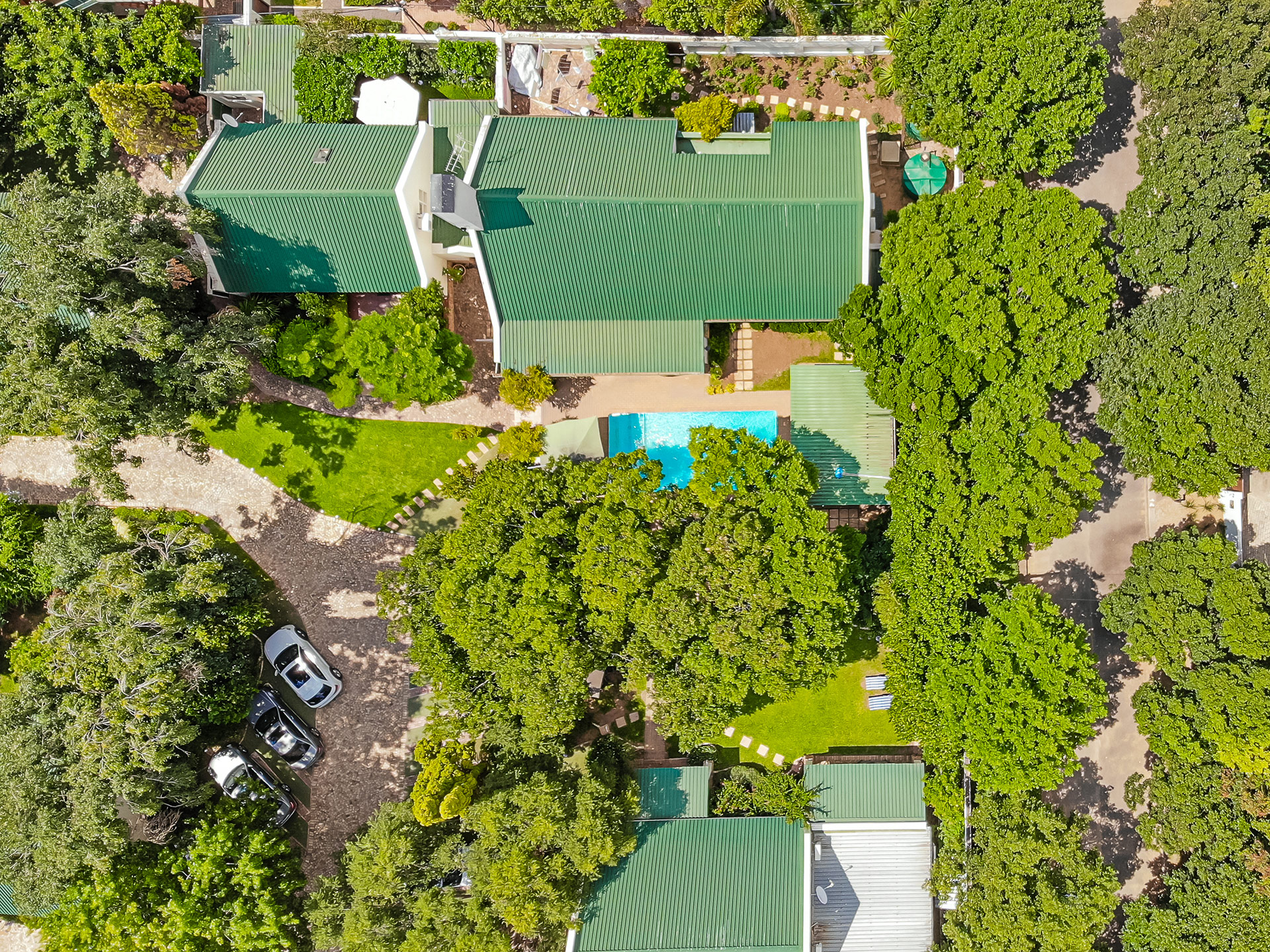 Guest Lodge in the heart of Sunninghill